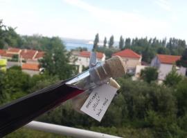 Apartments Jelić, Omiš