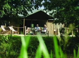 Lantern & Larks - Bleasdale, 치핑