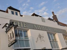 The Abbey Hotel, Battle