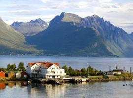 Sunde Fjord Hotel, Solavagen