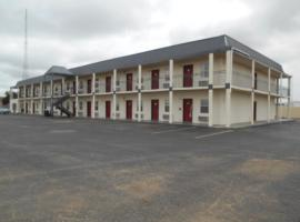 Super 7 inn, Midland