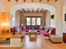 Three-Bedroom Villa in Sant Josep de Sa Talaia / San Jose, San José