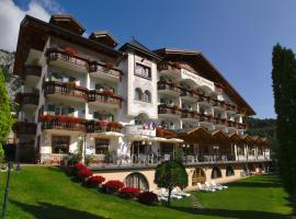Charme Hotel Nevada, Molveno