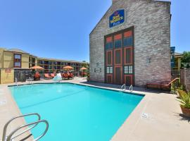 BEST WESTERN PLUS Raffles Inn and Suites