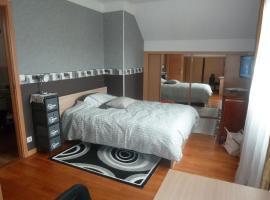Chambre Coquette, Aulnay-sous-Bois