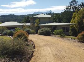 Wayelani BnB, Mount Burrell
