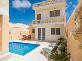 Gozo Island Villa, Santa Luċija