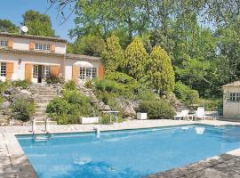 Holiday Home Roquefort Les Pins Chemin Des Martels, Roquefort-les-Pins