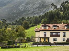 Casa de Aldea El Frade, Camango