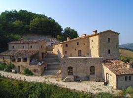 Borgo Storico Cisterna, Macerata Feltria