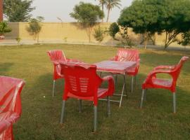Oasis Bed and Breakfast, Bahawalpur