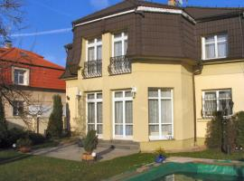 Villa Olivia, Prag