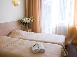 Hotel Arkadia, Apšuciems