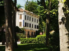 Albergo Villa Ombrosa, 산트안드레아바그니