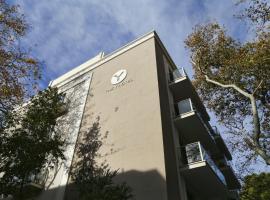 The Y Hotel, Atena