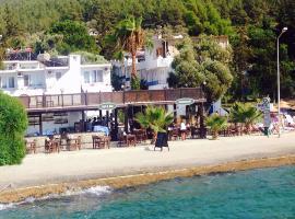 Marvel Beach Hotel, Guvercinlik