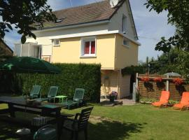 Holiday home Crespin, Cormeilles