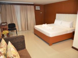 Hemingway Hotel, Roxas City
