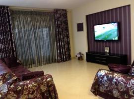 R.E.M. Apartments, Selanik