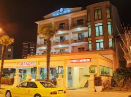 Grand Hotel, Elbasan