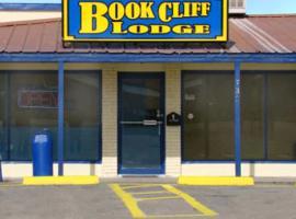 Book Cliff Lodge, Green River