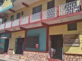 Hotel Posada Tayazal, Flores