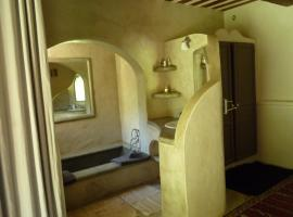 La Siesta Andalouse, Castillon-du-Gard