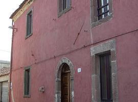 La Casa Antica, Magomadas