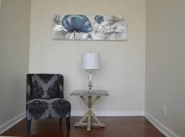 Canadian Madmac Furnished Apartment - Square One Mall Area