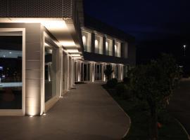 Hotel degli Aranci, Cisterna di Latina