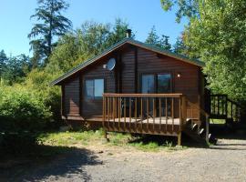 La Conner Camping Resort Wheelchair Accessible Cabin 16, La Conner
