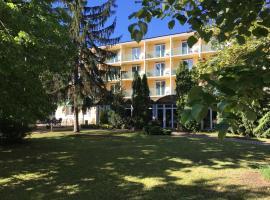 Hotel Jonathan, Balatonföldvár