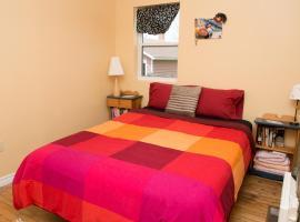 Robins Gather - Furnished Suite, Stratford