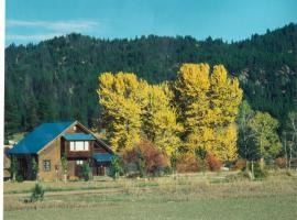 Streamside Vacation Cabin Rental in Beautiful Garden Valley, Idaho, Crouch