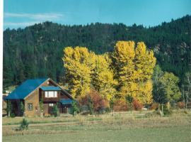 Streamside Vacation Cabin Rental in Beautiful Garden Valley, Idaho, Crouch