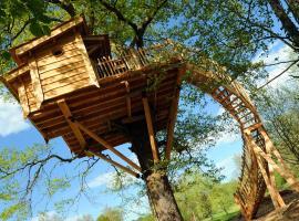 La Cabane du Vieux Chêne, Susmiou