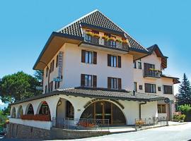 Hotel Alpino, Cuasso Al Monte