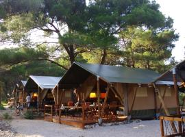 Losinj Glamping in Camp Cikat
