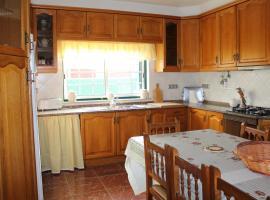 Casa Lucas, Charneca