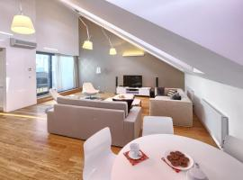 EMPIRENT Karlin Apartments