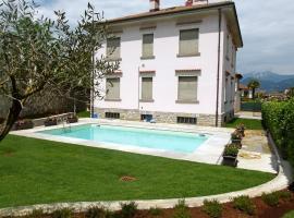Locazione turistica Villa Alda.1, Laveno-Mombello
