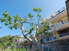 Locazione Turistica Monalisa - Capri View, Sant'Agata sui Due Golfi