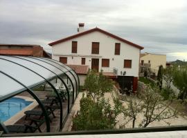 Refugio La Covatilla I,II y III, La Hoya