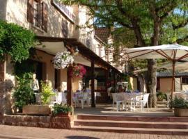 Auberge Aux Portes de Conques, Saint-Cyprien-sur-Dourdou