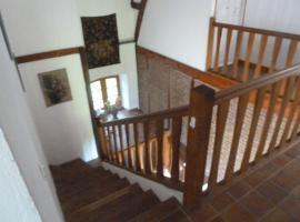 Chateau Rosamel Cottages, Rosamel