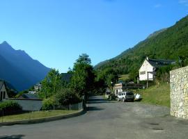 Studio et Appartement Lesterle, Esquièze - Sère