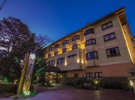Hotel Serra Nevada, Kanela