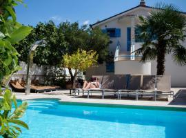 Apartments Villa Pina, Vodice