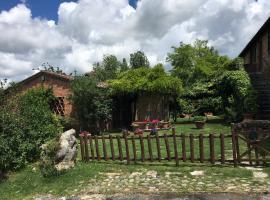 Casale Le Querce, Castelnuovo Berardenga