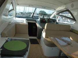 Sealine Luxury Motor Yacht, Hamble